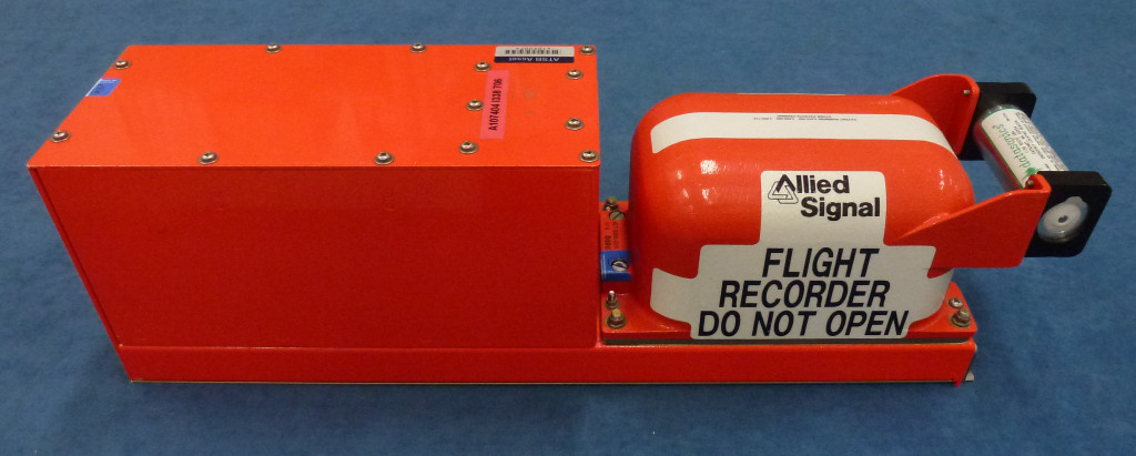 htFlight Data Recorder