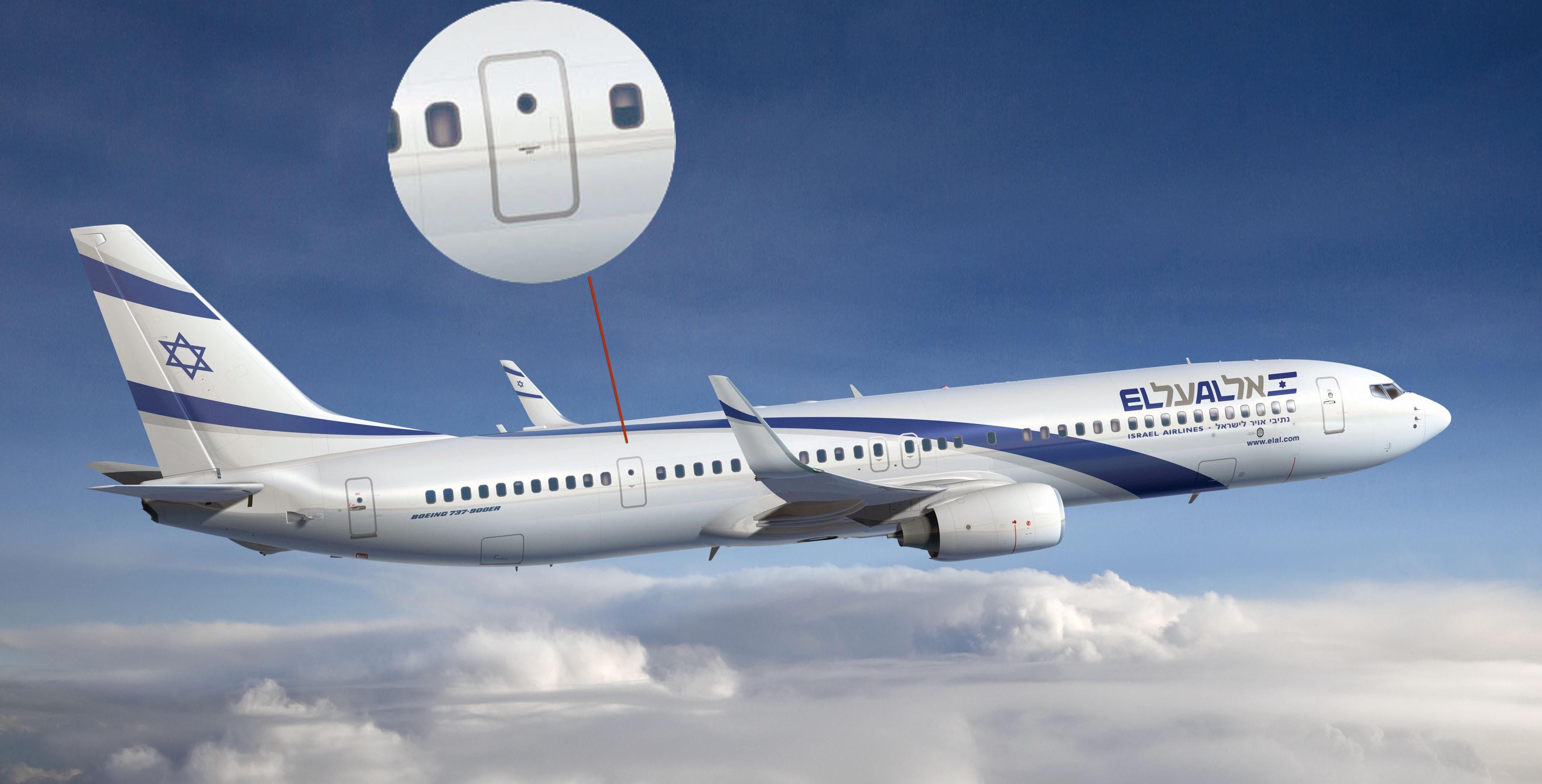 737-900ER отличается наличием дополнительных аварийных выходов в задней части фюзеляжа.