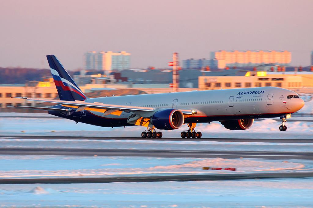 Aeroflot_Boeing_777-300ER_VP-BGC_SVO_2013-3-7