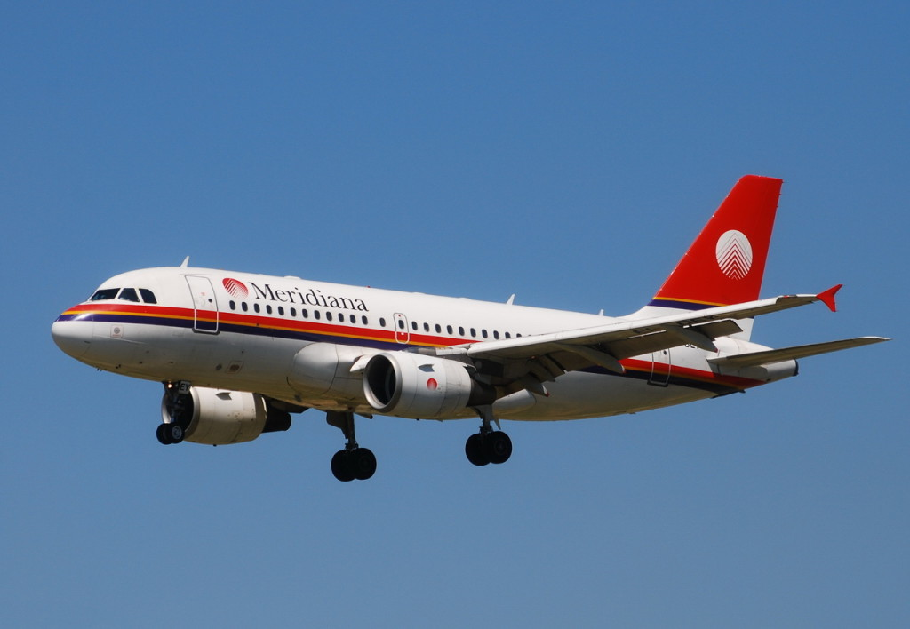 Airbus_A319-100_Meridiana_Fly_(ISS)_EI-DEY_-_MSN_1102_-_Now_in_Brussels_Airlines_fleet_as_OO-SSD_(3525849724)