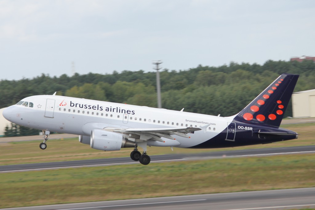 Brussels_airlines_A319_OO-SSR