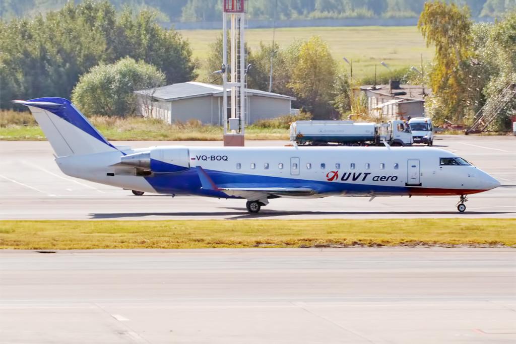 UVT_Aero,_VQ-BOQ,_Canadair_CRJ-100_(21178698569)