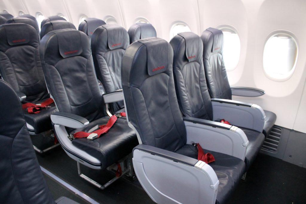 air-berlin-economy-class-boeing-737-800-stockholm-arlanda-berlin-tegel-06